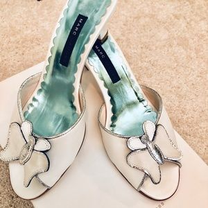 💯Authentic Marc Jacobs butterfly sandals
